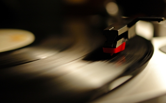 turntable-record_00334293