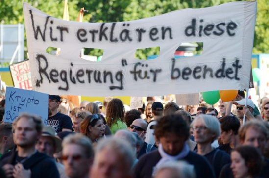 Thousands protest NSA spying in Germany