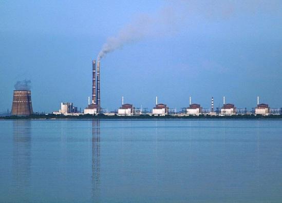 800px-Kernkraftwerk_Saporischschja