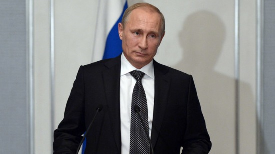 Russian President Vladimir Putin talks to journalists following Russian-Mongolian talks in Ulan-Bator. (RIA Novosti/Aleksey Nikolskyi)