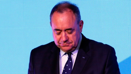 """Scotland's First Minister Alec Salmond reacts as he concedes defeat in the independence referendum at the """"Yes"""" Campaign headquarters in Edinburgh, Scotland September 19, 2014. (Reuters / Russell Cheyne)"""
