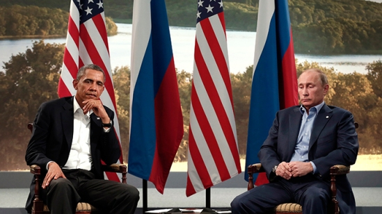 U.S. President Barack Obama (L) meets with Russian President Vladimir Putin (Reuters / Kevin Lamarque)