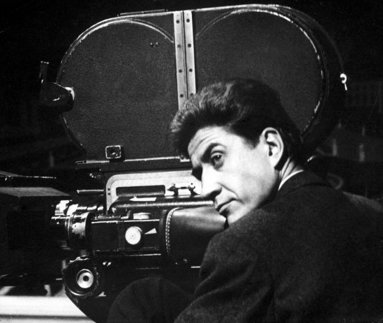 resnais-alain-001-with-camera-00n-7c9